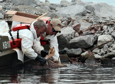 River Oil Spill Cleanup